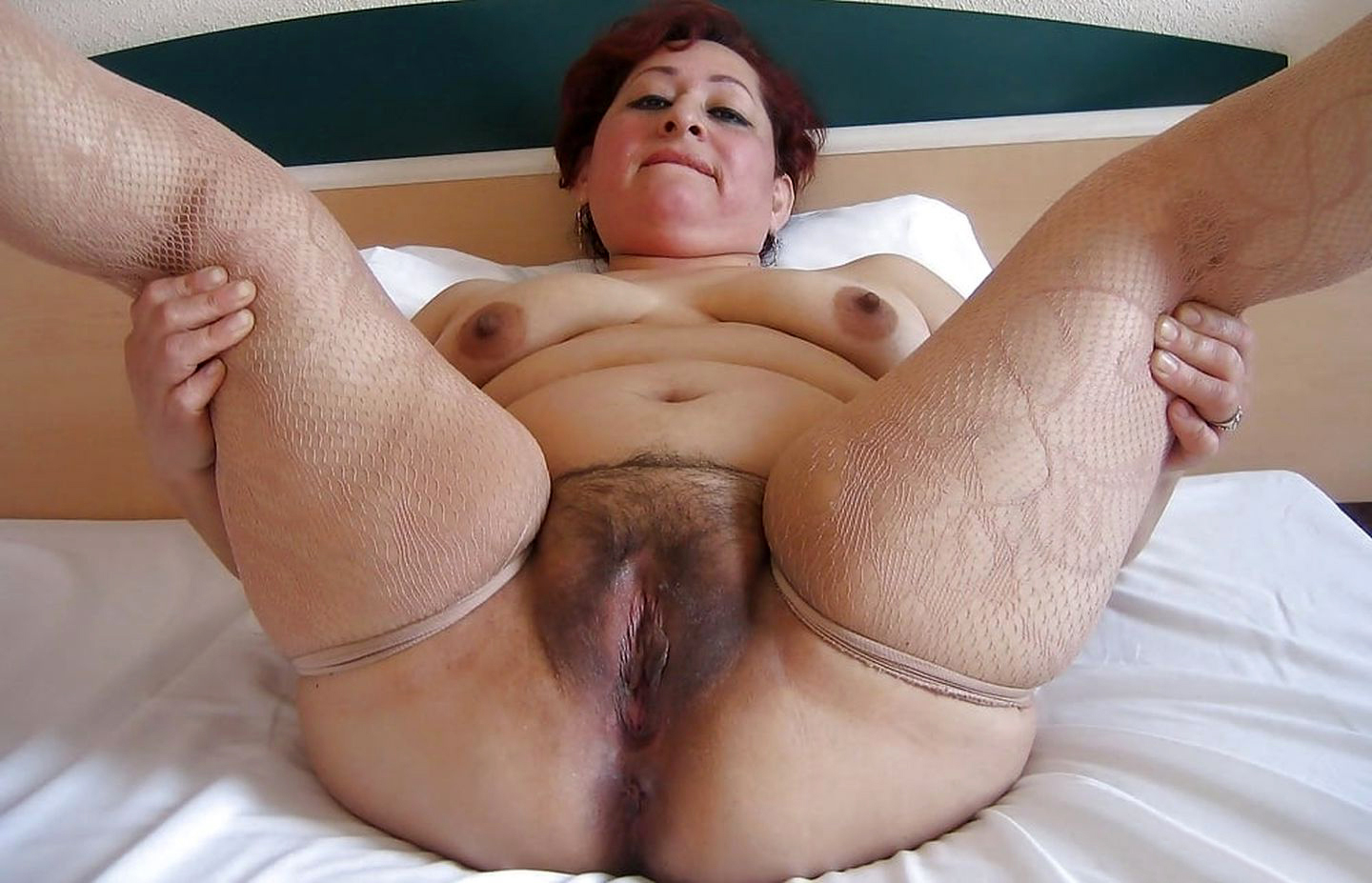 Pics mature hairy pussy