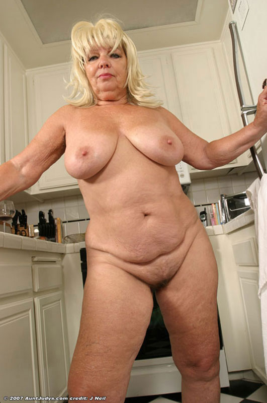 Chubby blonde hairy pussy mature