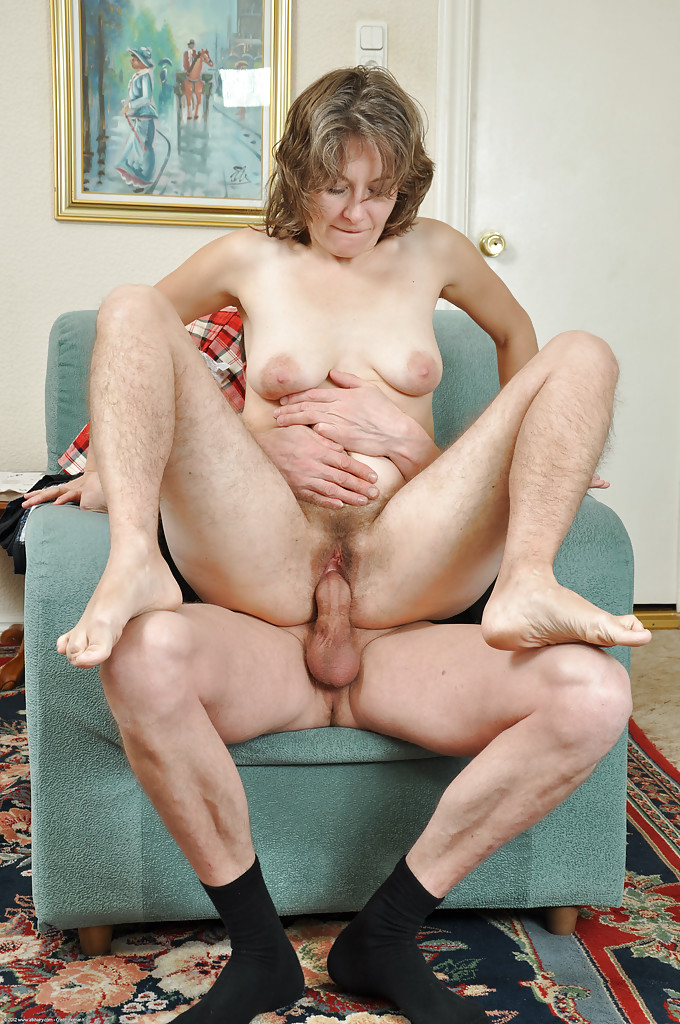 Hairy mature pussy rides